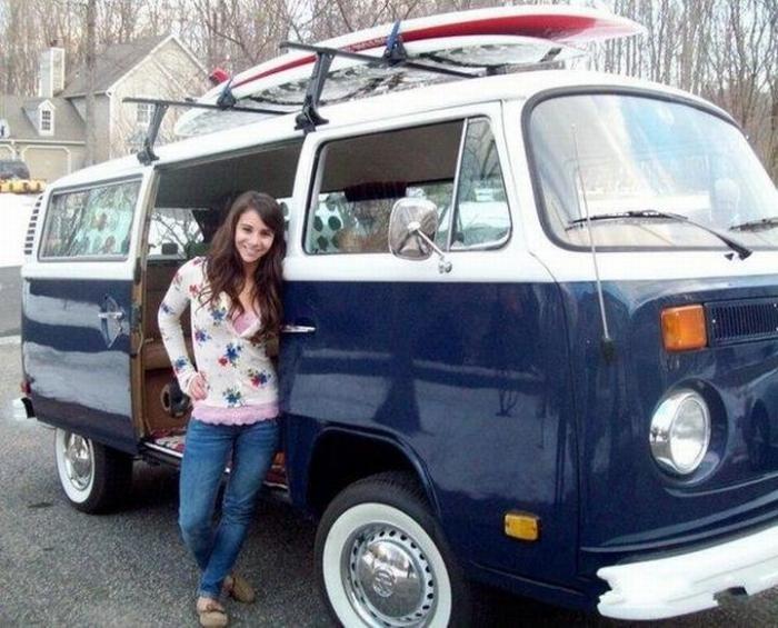 Студентка выиграла VW bus с помощью одной фото (5 фото)