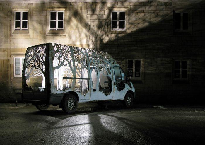 Уникальный фургон стал декорацией фестиваля Kendal Calling (8 фото)