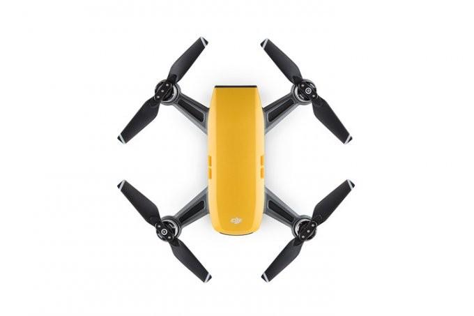 Spark — самый миниатюрный и доступный дрон от DJI (10 фото + видео)