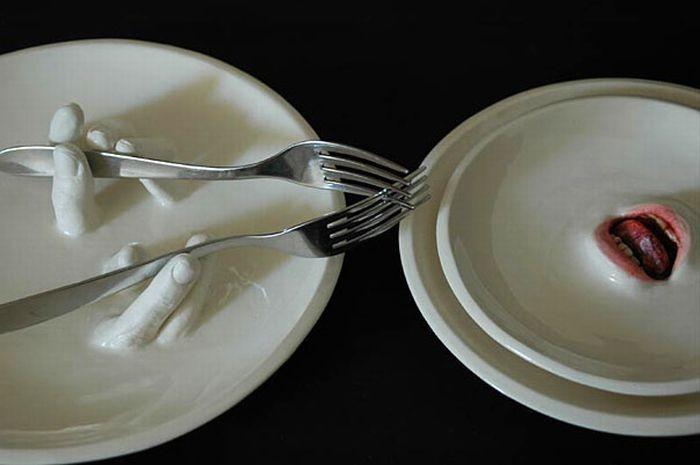 Страшная посуда (15 фото)
