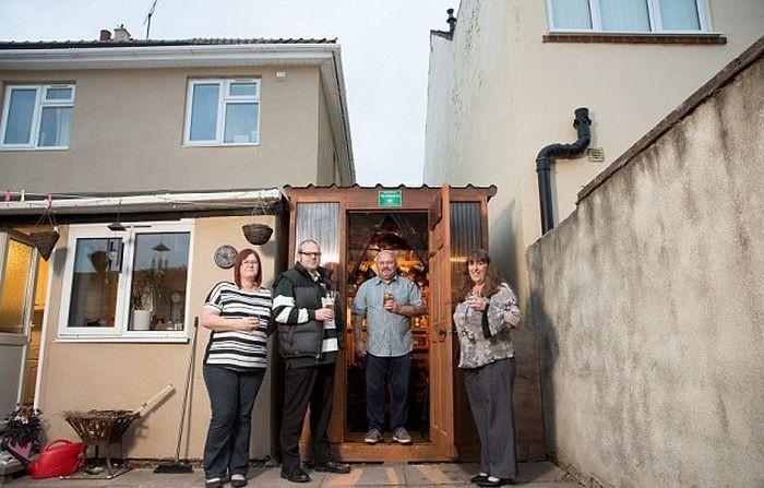 Применение пустующему пространству между соседними домами (5 фото)
