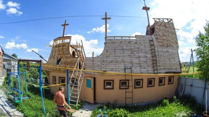 Дом-корабль в Белгородской области (9 фото)