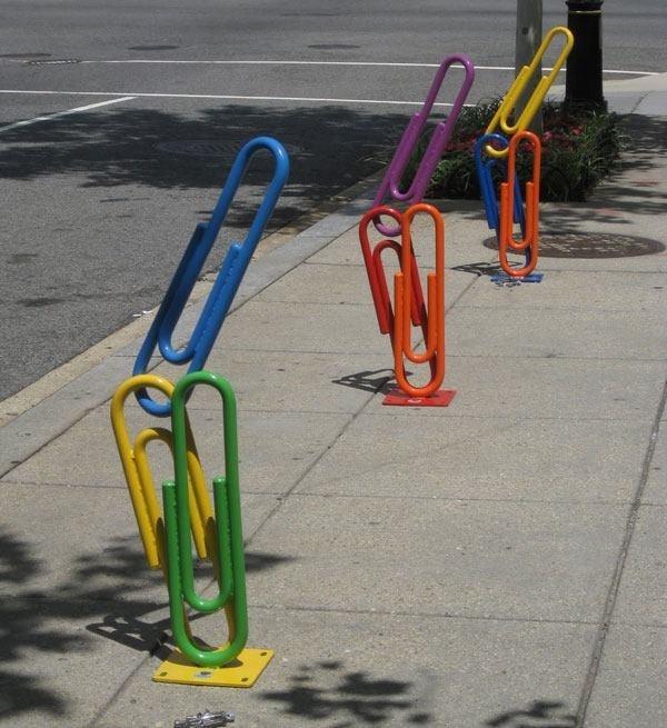 Креативные велосипедные парковки (22 фото)