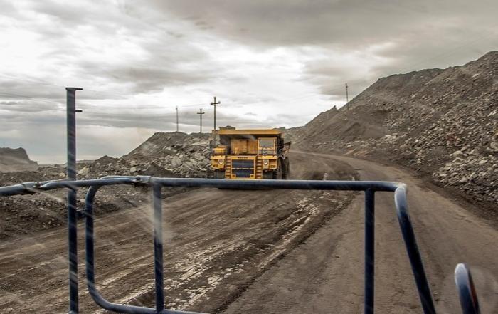 Как работают «БелАЗы». Репортаж из кабины гигантского самосвала (18 фото)