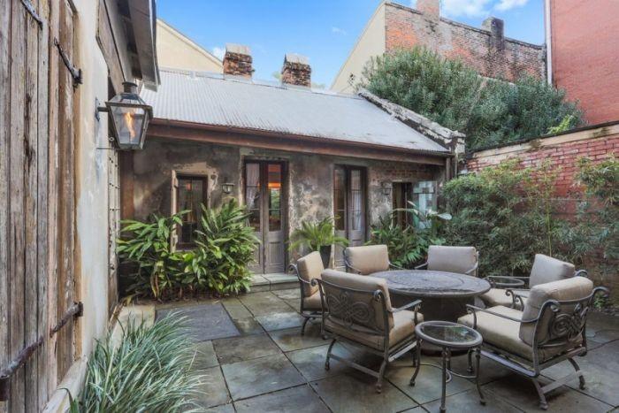 Удивительный старый дом Ленни Кравица в Новом Орлеане выставлен на продажу (12 фото)