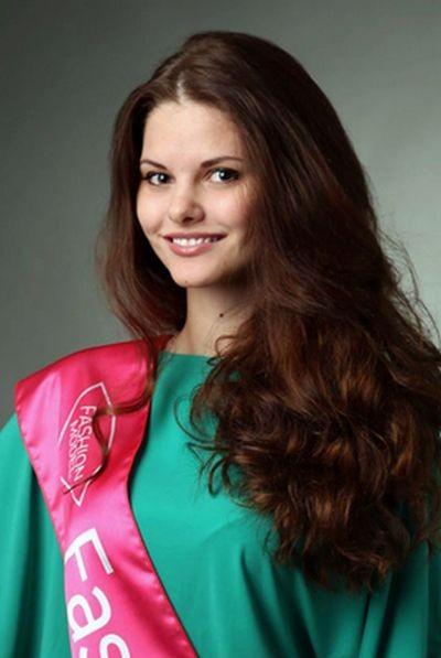 Жительница Сургута может стать обладательницей самой красивой улыбки (3 фото)