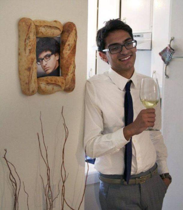 Забавные фото с французским багетом (17 фото)