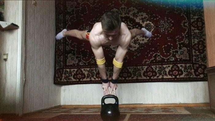 Воркаут на фоне ковра от Станислав Крипака (10 фото)