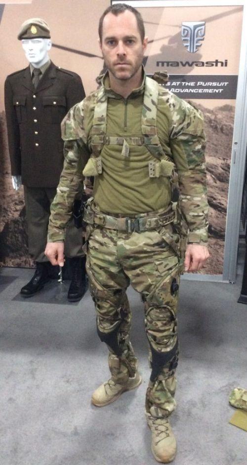 Канадцы разработали пассивный экзоскелет для солдат (6 фото)