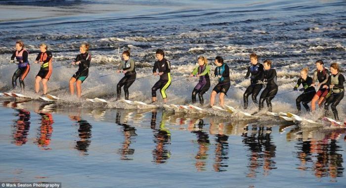 Мировой рекорд по водным лыжам (5 фото)