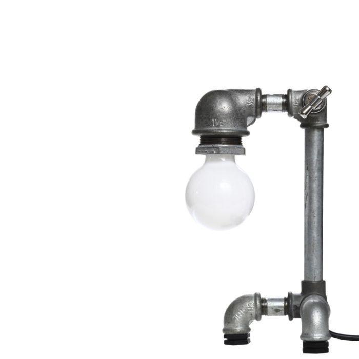 Креатив из водопроводных ламп (15 фото)