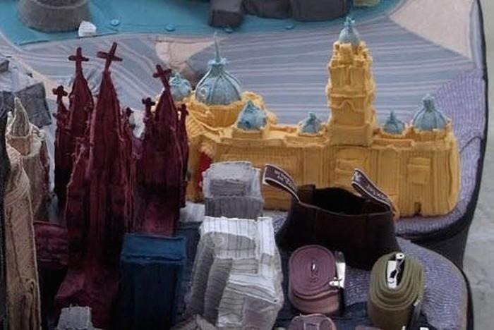 Город из чемодана (7 фото)