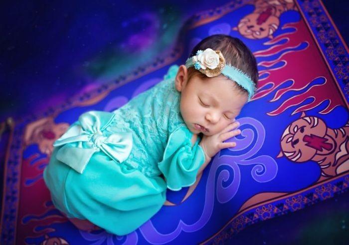 Очаровательные крошки в образах Диснеевских принцесс (13 фото)