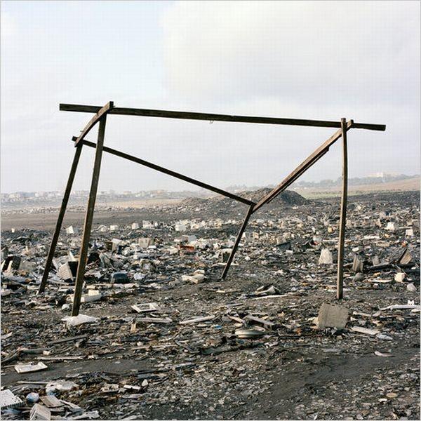 Кладбище компьютеров в Гане (16 фото)