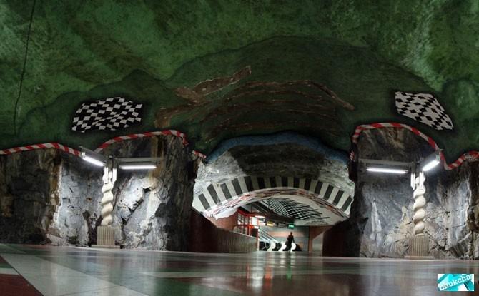 Одно из самых красивых метров  мире (39 фото)