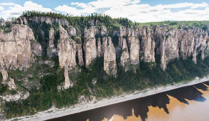 Фантастическая природа России: Ленские столбы в Якутии (10 фото)