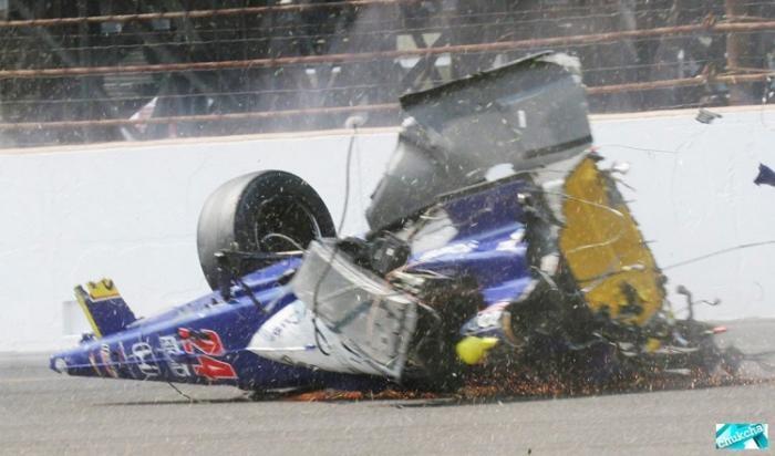 Жесткий момент на гонках (6 фото)