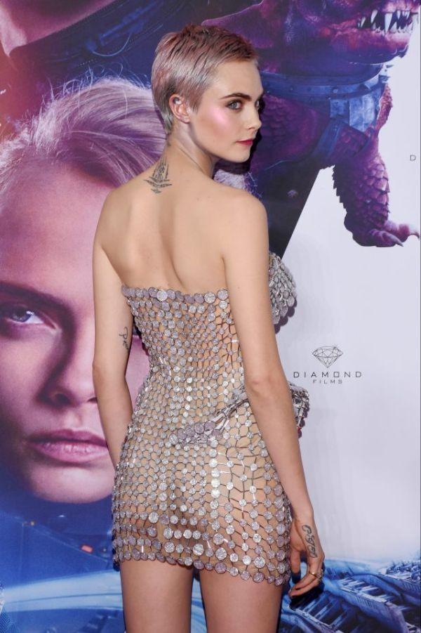 Кара Делевинь на премьере фильма «Валериан и город тысячи планет» (4 фото)