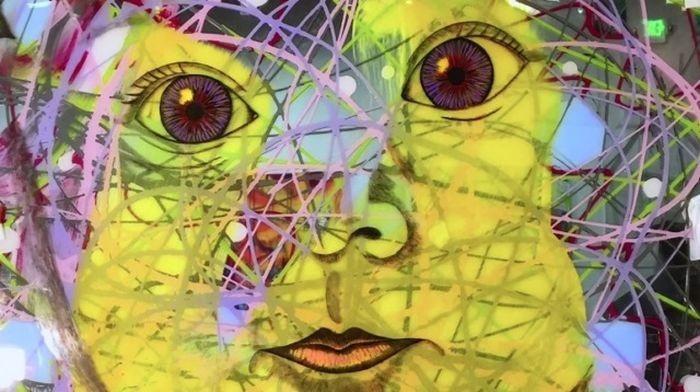 Джим Керри увлекся созданием картин (7 фото)