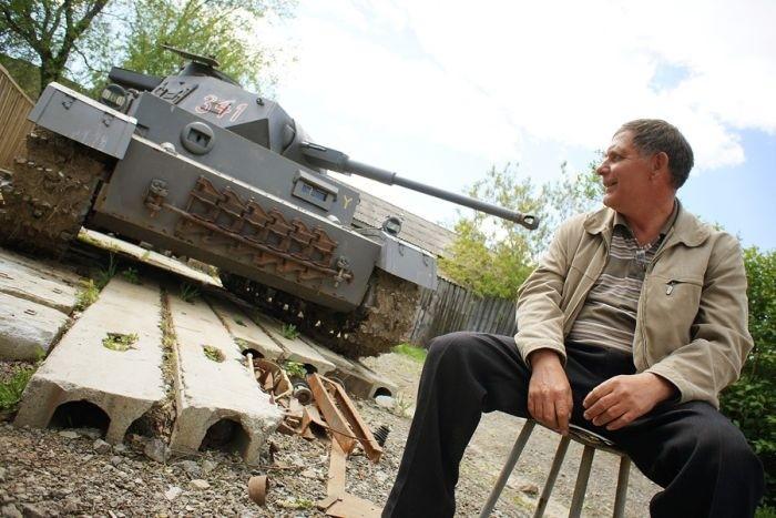 Самодельный немецкий танк из Екатеринбурга (9 фото)