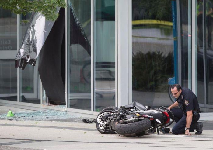 На съемках фильма «Дэдпул 2» погибла женщина-каскадер Джой Харрис (7 фото)