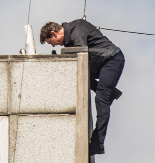 Том Круз заработал перелом на съемках фильма «Миссия невыполнима 6» (6 фото)