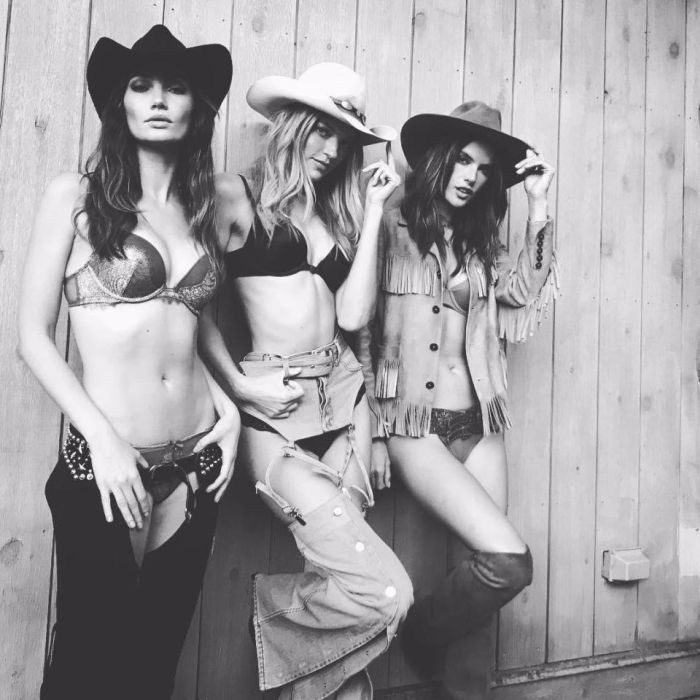 Алессандра Амбросио, Кэндис Свэйнпол и другие в ковбойской фотосессии Victoria's Secret (12 фото)