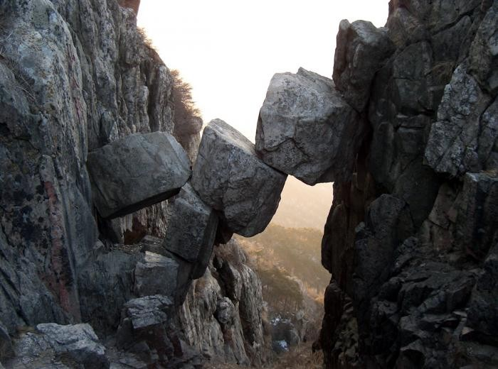 Удивительные арки, созданные природой (15 фото)
