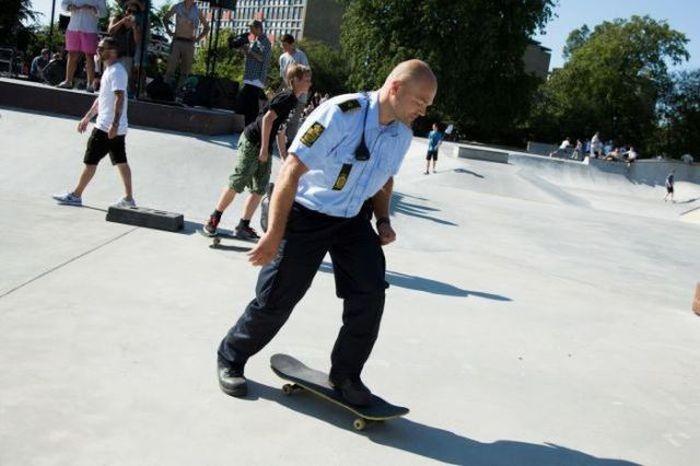 Приколы с полицейскими (48 фото)