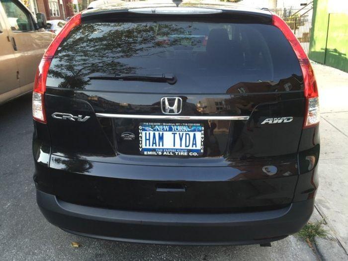 «Русские» номера на автомобилях в США (27 фото)