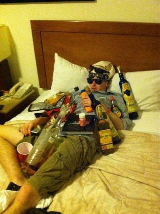 Не засыпайте во время вечеринок (32 фото)