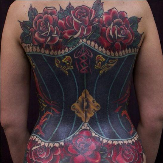 Татуировки в виде корсета (14 фото)