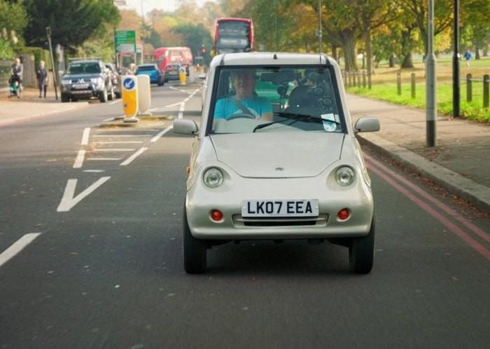 Рейтинг худших автомобилей за последние 25 лет (14 фото)