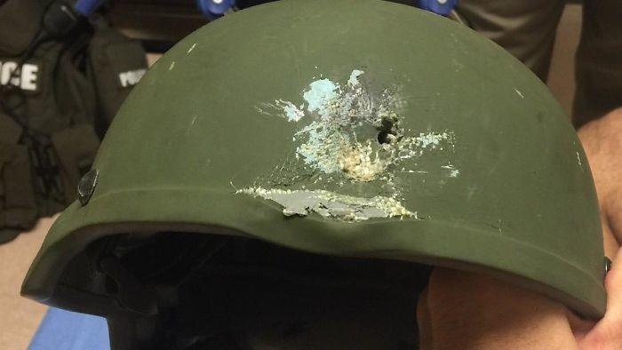 Пост о важности шлема (16 фото)