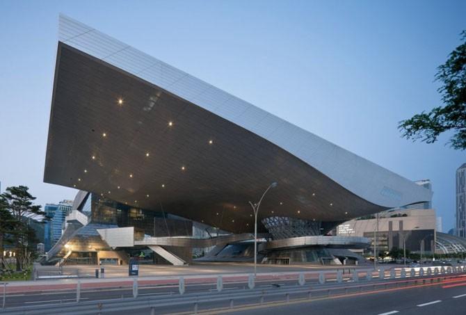 Самые эффектные архитектурные сооружения (57 фото)