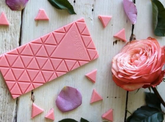 Создан новый вид шоколада из рубиновых какао-бобов (2 фото)