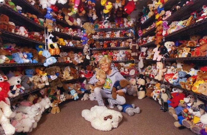 Как выглядит самая большая коллекция плюшевых мишек (3 фото)
