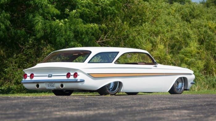 Рестомод Chevrolet Impala Double Bubble 1961 - нетипичный универсал