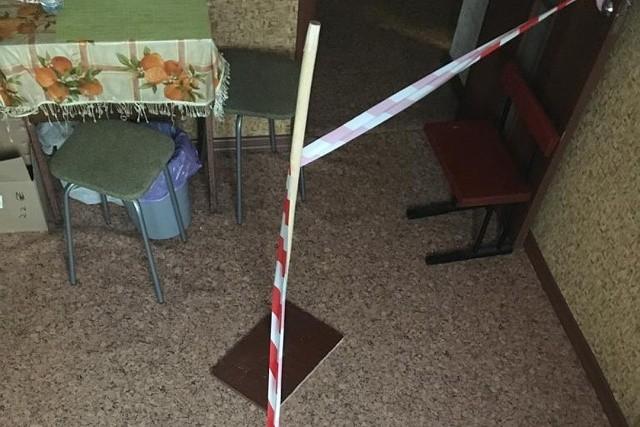 Бывший супруг потребовал оградить его жилплощадь в квартире (9 фото)