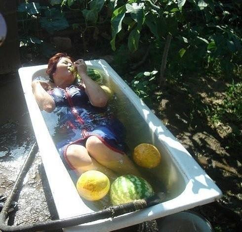 Развлечения сельских простушек, которым позавидуют многие (23 фото)