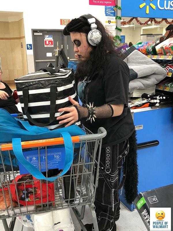 Люди из американских супермаркетов (22 фото)