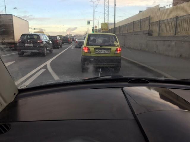 Абсурдная авария из-за топлива на 500 рублей (5 фото)