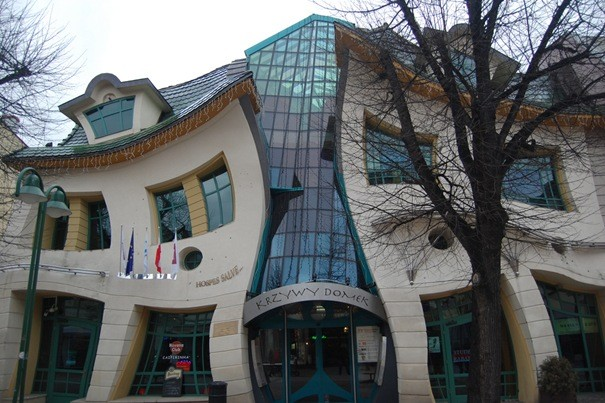 Самые странные дома в мире (7 фото)