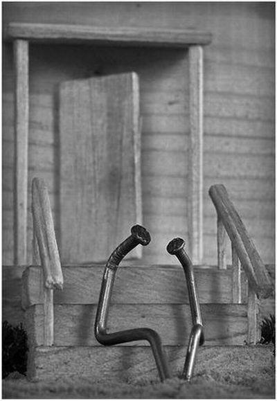 Жизнь гвоздей (38 фото)