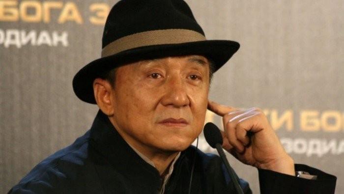 Распутство, пьянство и многое другое: Джеки Чан признался в грехах своей молодости (11 фото)