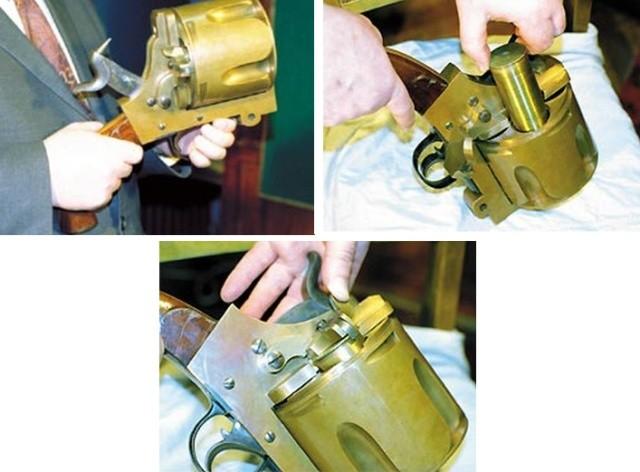 Необычный револьвер внушительных размеров (4 фото)