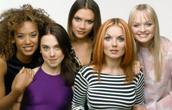 Участницы группы «Spice girls» тогда и сейчас (8 фото)