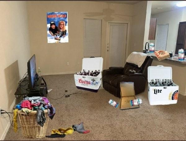 Девушка выложила фото холостяцкой берлоги, которое за сутки стало вирусным (10 фото)