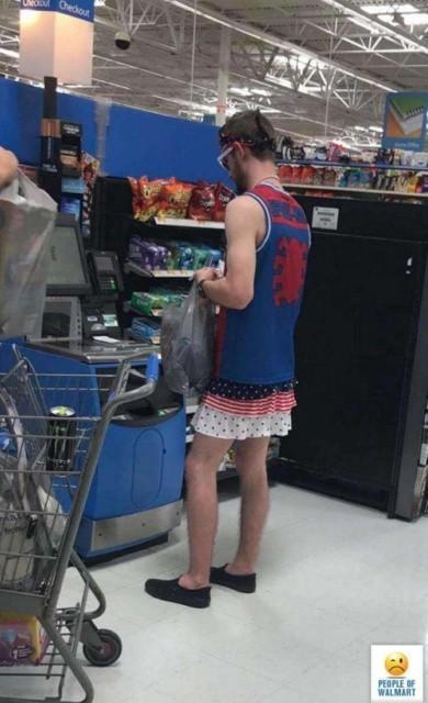 Странные посетители американского супермаркета (23 фото)