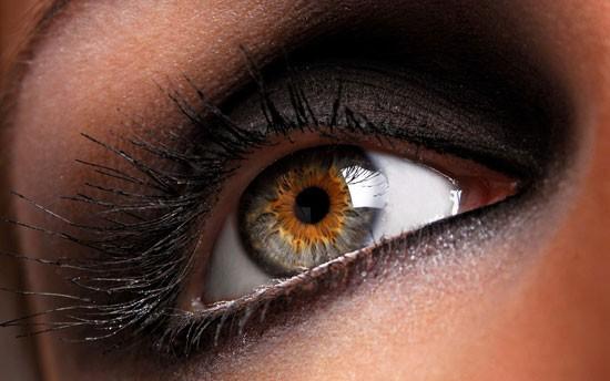 В наших глазах есть «слепое пятно» – проверьте сами (2 фото)
